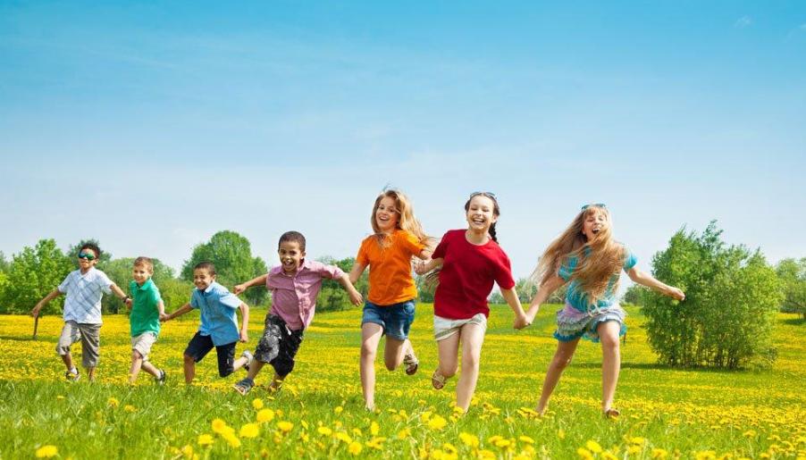 板栗育儿-如何更好地陪孩子进行户外运动?