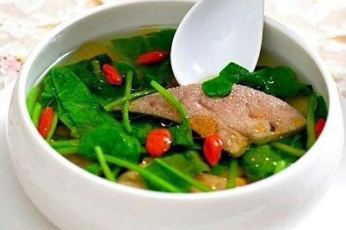 板栗育儿-菠菜猪肝汤